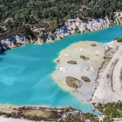 Lac Bleu de Guizengeard: Hike to the Secret Blue Lakes of Charente